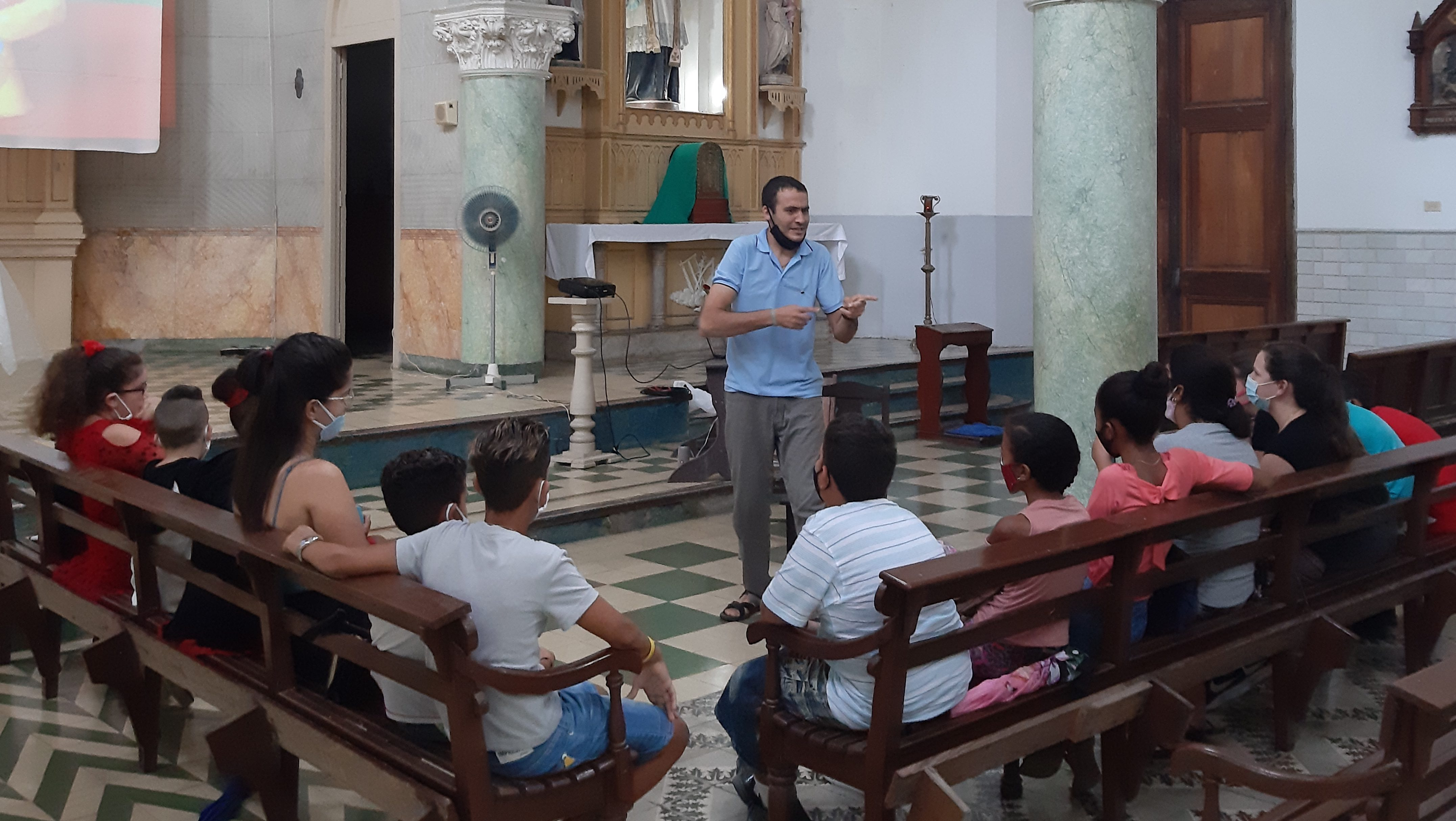 Retreat for those receiving Holy Communion (Cuba)
